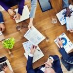 Reunión de negocios de empresa en transformación digital
